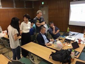わきあいあいと楽しくやっています♪ 東京のFX勉強会の様子